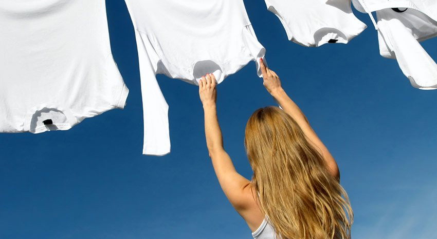 How_to_Get_a_Stain_Out_of_a_White_Shirt